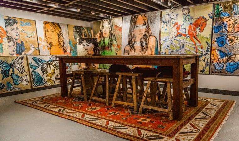Martinez Art Dealer | Moula Good Business www.moula.com.au